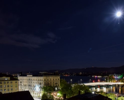 Vollmond über Zürich Webcam